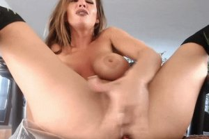 Real squirting orgasm from a girl with perfect tits